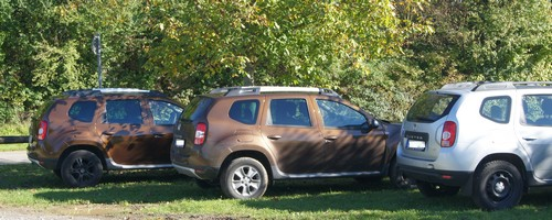 dacia-duster-in-brown