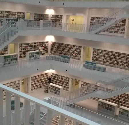 stadtbibliothek-stuttgart-innenansicht